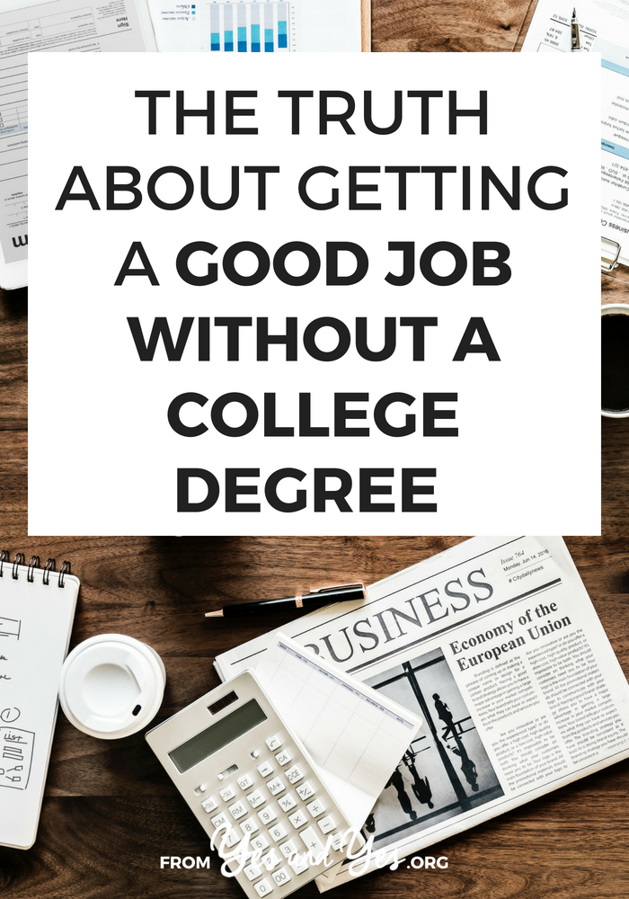 Wondering how to get a good job without a college degree? Want to drop out of college and still find a decent job? Click through for one woman's story of how to left college and worked her way up to the head of marketing!