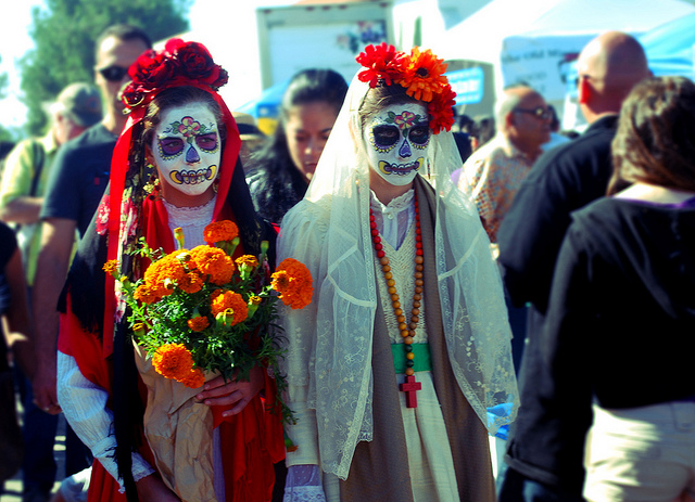 must do in mexico, dia des los muertos, things to see, activities, mexico guide